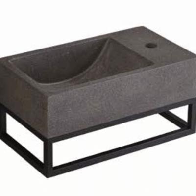 כיור מלבני תלוי עם מדף ברזל אבן חול שחורה PEZZI איטליה